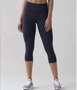 Lululemon-Leggings-Fast-and-Free-High-Rise-Crop-19-034-In-Navy-Blue-Size-US6-UK10