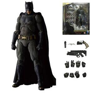 Figurine Batman, 16 cm, divers visages et armes parfaitement articulés
