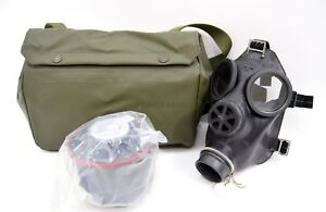 Original-Swiss-Army-SM67-Gas-Mask-NEW-Set-Black-Rubber-Respirator-Military