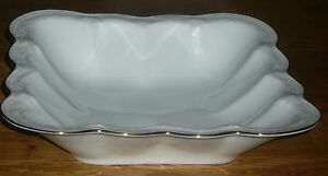 Schüssel 21,5 x 21,5 cm NEU Hutschenreuther Viktoria weiß