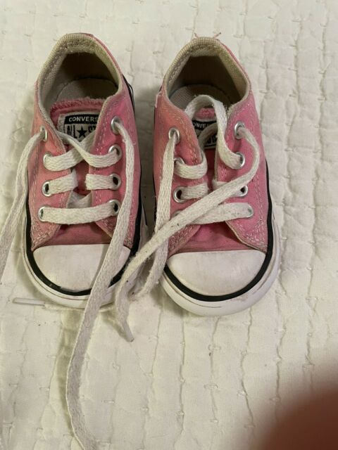 Toddler Girl's Pink Converse Tennis Shoes Size 4
