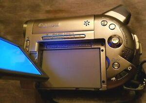 Canon-DVD-Camcorder-NTSC-DC10