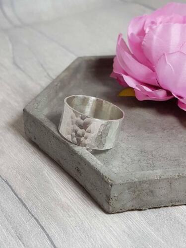 Anillo de plata esterlina Grueso Con textura de martillo