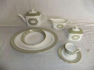 C4-Porcelain-Royal-Doulton-Sonnet-3D7C
