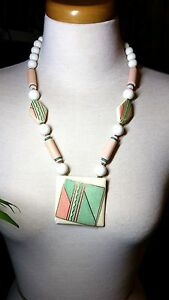 Modern-Ceramic-Pink-Green-White-Vintage-Necklace