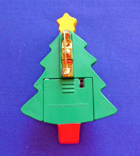 Hallmark PIN Christmas Vintage LIGHT UP TREE Blinking Red Holiday Brooch