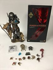 Hot Toys MMS162 Predators Classic Predator 14 inch Figure Special Exclusive 1/6