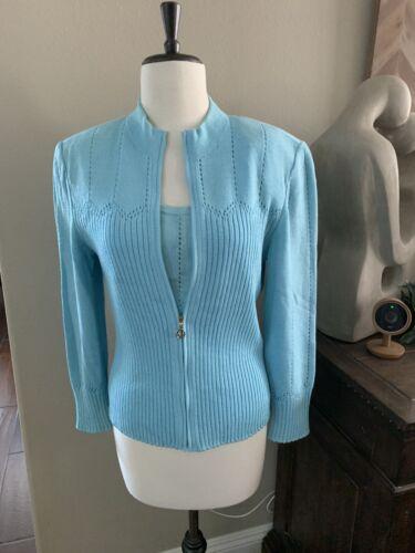 ST JOHN Knit Set (light turquoise)