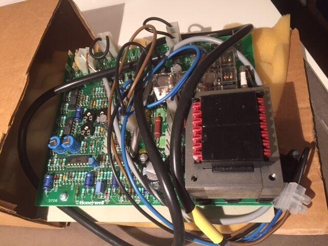 Leiterplatte - Ferroli   39802540  Ferroli 39802540 printed circuit board     | Deutschland Outlet  | Internationale Wahl  | Sehr gute Qualität