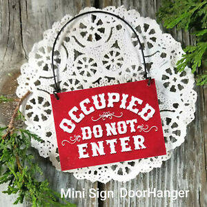 Red-OCCUPIED-SIGN-Do-Not-Enter-Fits-over-Door-Knob-Ornament-Mini-PLAQUE-USA-New