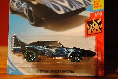 Dodge Charger Daytona 1969 blau 1//64 Hot Wheels Flames 2019