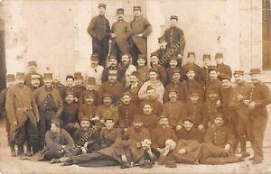 RPPC Karte Foto ww1 Militaria Gruppe Von Militär n4 Kaserne Tours Circa 1915