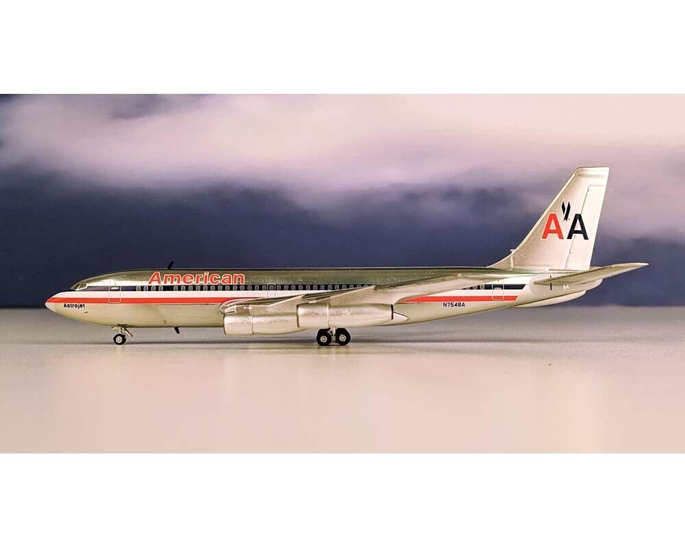 bleuBOX aeroclassics American Airlines B720 N7548A échelle 1 200 BB27548A