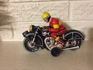 Red-Yellow-Black-Motorcyclist-Made-in-Germany-Friction-Tin-Litho-New-JW-Toys