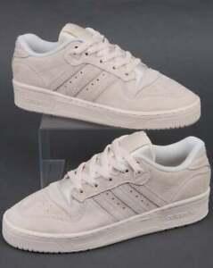 Détails sur Adidas Rivalry Low Baskets en Blanc cassé Daim Rétro, 80 S Chaussures, Originals afficher le titre d'origine