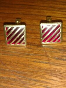 Vintage-1940s-Anson-Caged-Garnet-Red-Glass-Square-Gold-Tone-Cufflinks