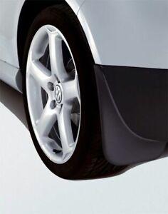 Original-Volkswagen-Satz-Schmutzfaenger-vorn-Golf-5-V-Plus-NEU