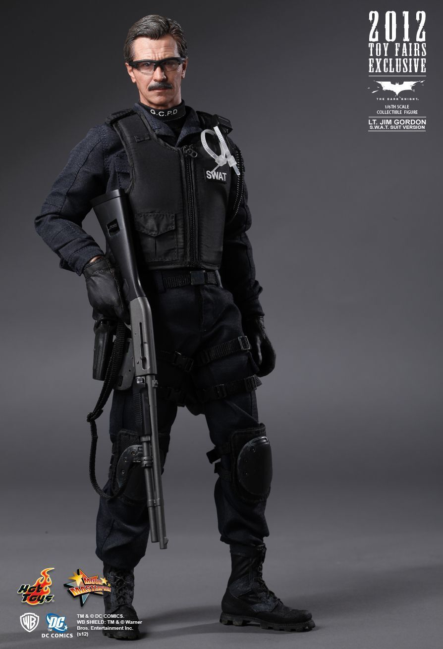 HOT TOYS 1/6 THE DARK KNIGHT MMS182 MMS182 MMS182 JIM GORDON SWAT SUIT VER MASTERPIECE FIGURE ee4fd3
