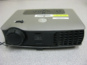 dell 3400mp digital multimedia projector 1500ans beamer ebay rh ebay com Dell 3400 Projector Refurbished Dell 3400MP Projector Portable