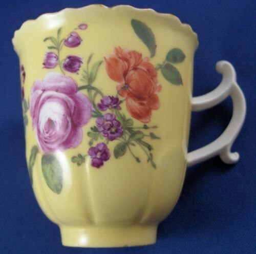 Rare-18thC-Meissen-Porcelain-Yellow-Ground-Floral-Cup-Saucer-Porzellan-Tasse