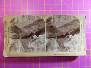 Antique-Stereoscope-Photograph-Rob-Roy-039-s-Cave-Inversnail-Scotland-Stereoview