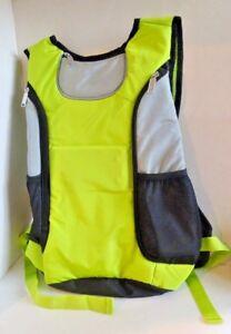 TURN-SIGNAL-CYCLING-BIKING-HIKING-BACKPACK-Safety-Reflective-Berkshire-New-80