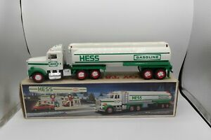 Vintage 1990 Hess Truck BOX Looks Good Oil Tanker DOES NOT WORK? 90's Gas CHEAP
