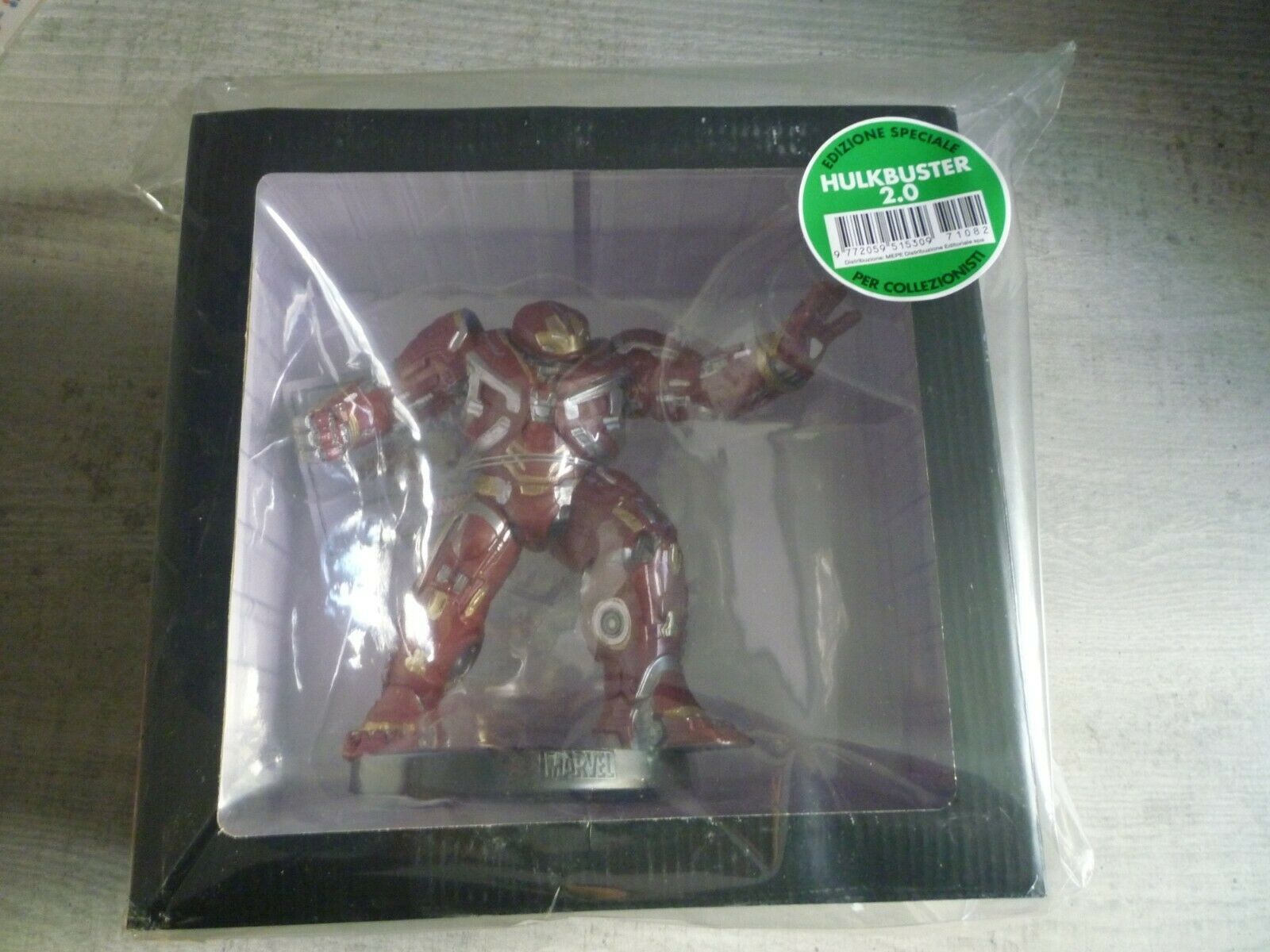 Marvel Movie Collection Special Hulkbuster 2.0 Statue + File Italian Iron Man