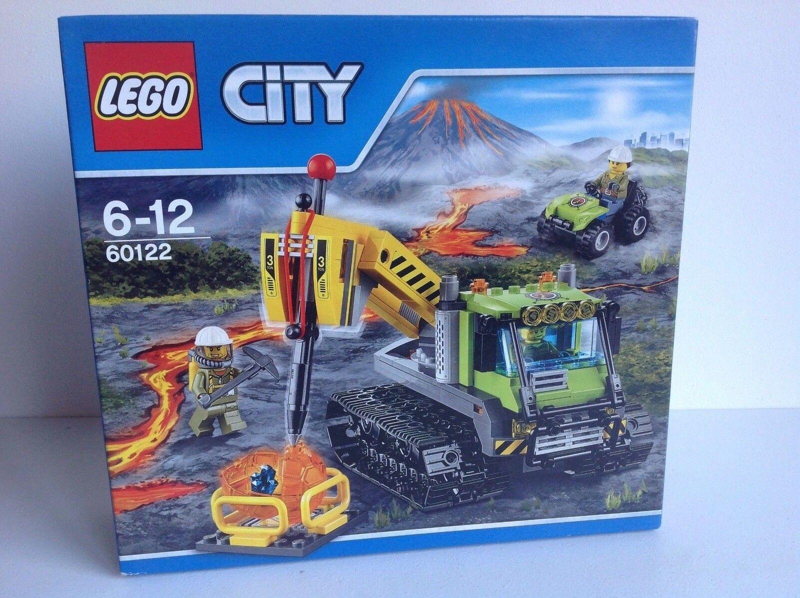 LEGO CITY VULCANO Crawler  60122  con 3 MINI FIGURES SERIE Nuovo di zecca in scatola.