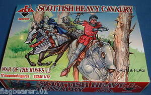 REDBOX 72056 SCOTTISH HEAVY CAVALRY WAR OF THE ROSES 1:72 SCALE