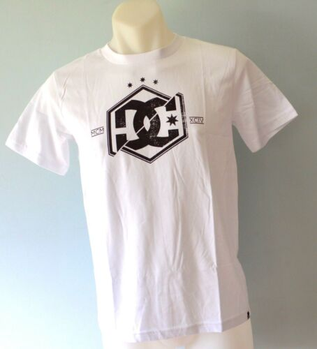 NEW 8 /& 12 YEARS DC Shoes Boys Printed T Shirt SIZE WHITE