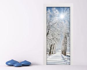 Adesivo per porta paesaggio innevato decorazione for Decorazioni adesive per bagno