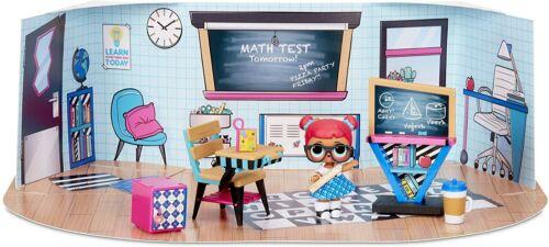 Playset FURNITURE  Teacher/'s Pet  Mobile Accessori Casa Club BOX 3 LOL SURPRISE