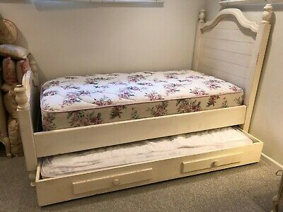 Distressed Wood Twin Bed Set W Mattress And Trundle Ebay