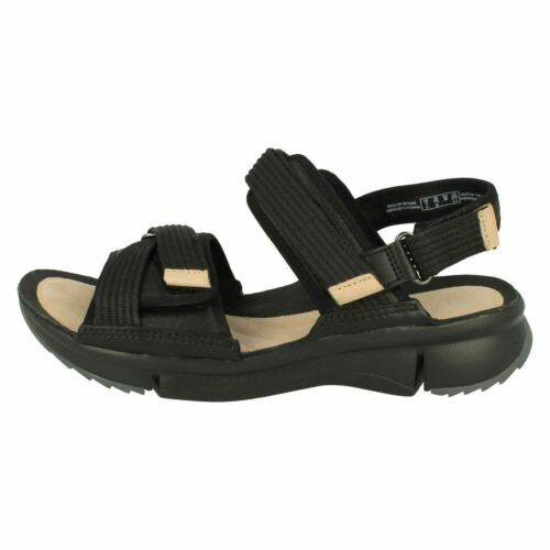 Ladies Clarks Tri Walk White Or Black Leather Casual Sandals D Fitting