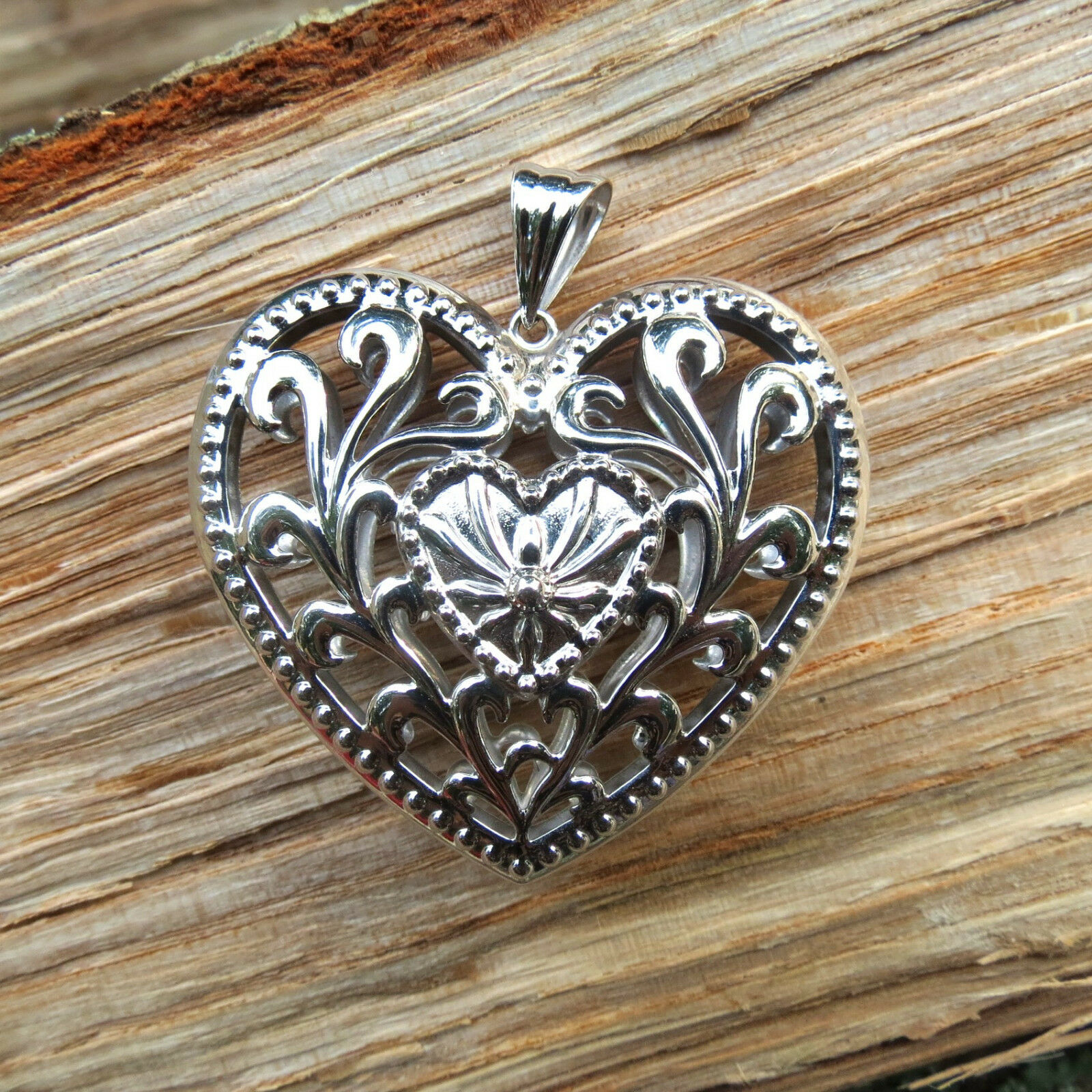 New BIG & Beautiful 14K White gold Fancy Puffed Filigree Heart Pendant