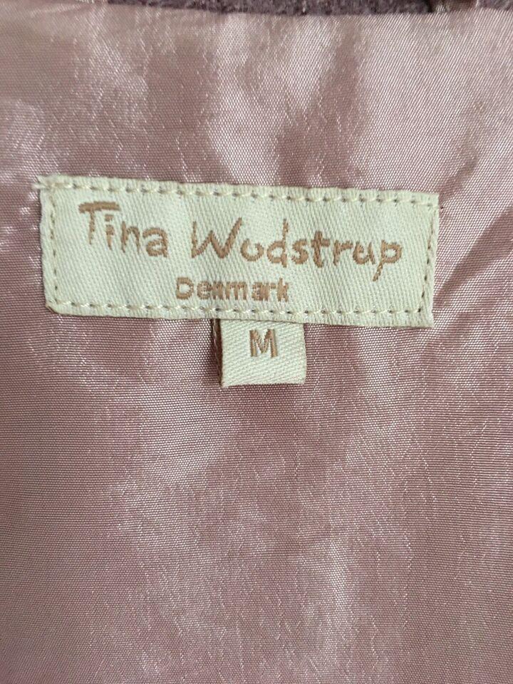 Trenchcoat, str. 38, Tina wodstrup