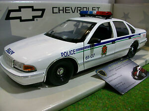 chevrolet caprice canada police car 1 18 ut models 21023 voiture miniature coll ebay. Black Bedroom Furniture Sets. Home Design Ideas