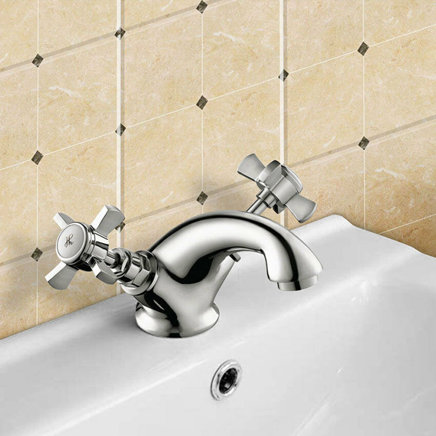 Traditional Freestanding Bath Shower Shower Shower Mixer & Round Neck BASIN Tap Cross Head * W   Outlet  81f61e