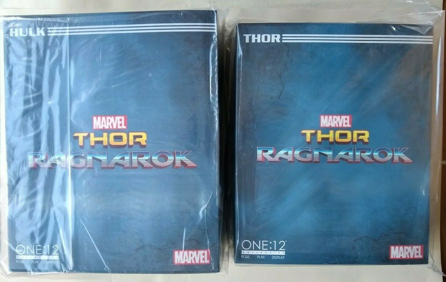 Mezco One 12 Collective Thor & Hulk  Ragnarok Set of 2 Both nouveau and Sealed  prix ultra bas