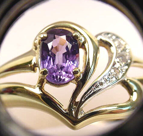 blueISH PURPLE NATURAL SAPPHIRE and DIAMONDS VINTAGE 14K gold RING