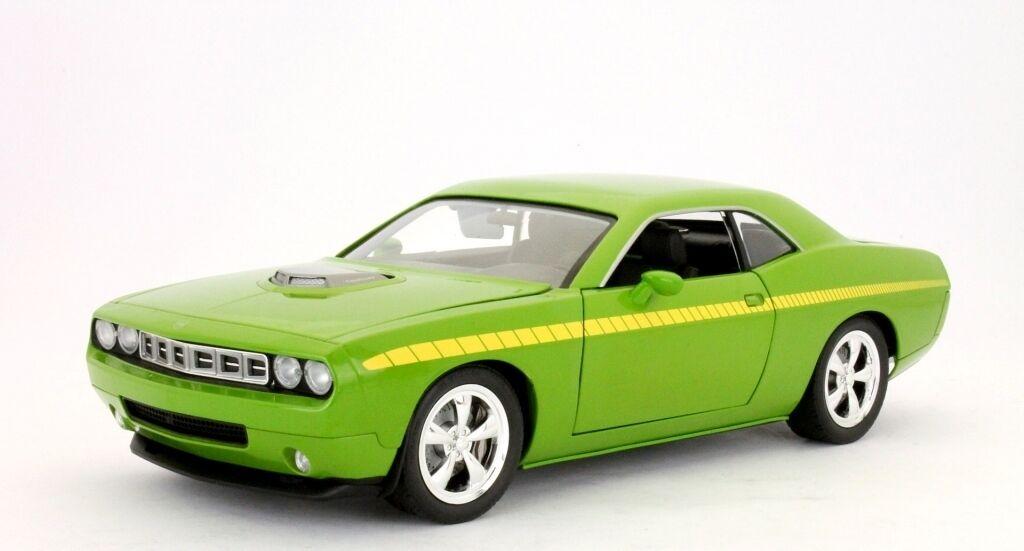 PLYMOUTH  CUDA CONCEPT B5 vert METAL 2011 HIGHWAY 61 50840 1 18 1 18 jaune  mieux acheter