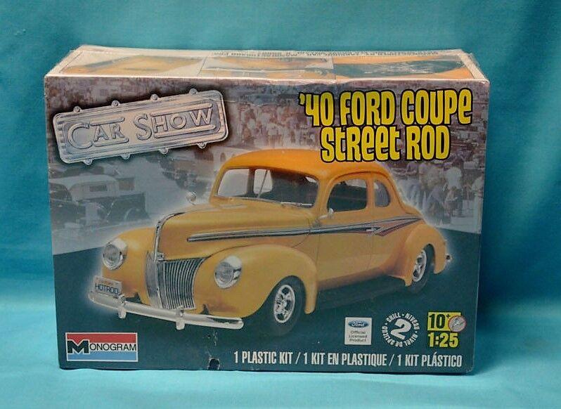 2012 Revell 4993 Monogram 1 25 '40 Ford Coupe Street Rod Plastic Model Kit