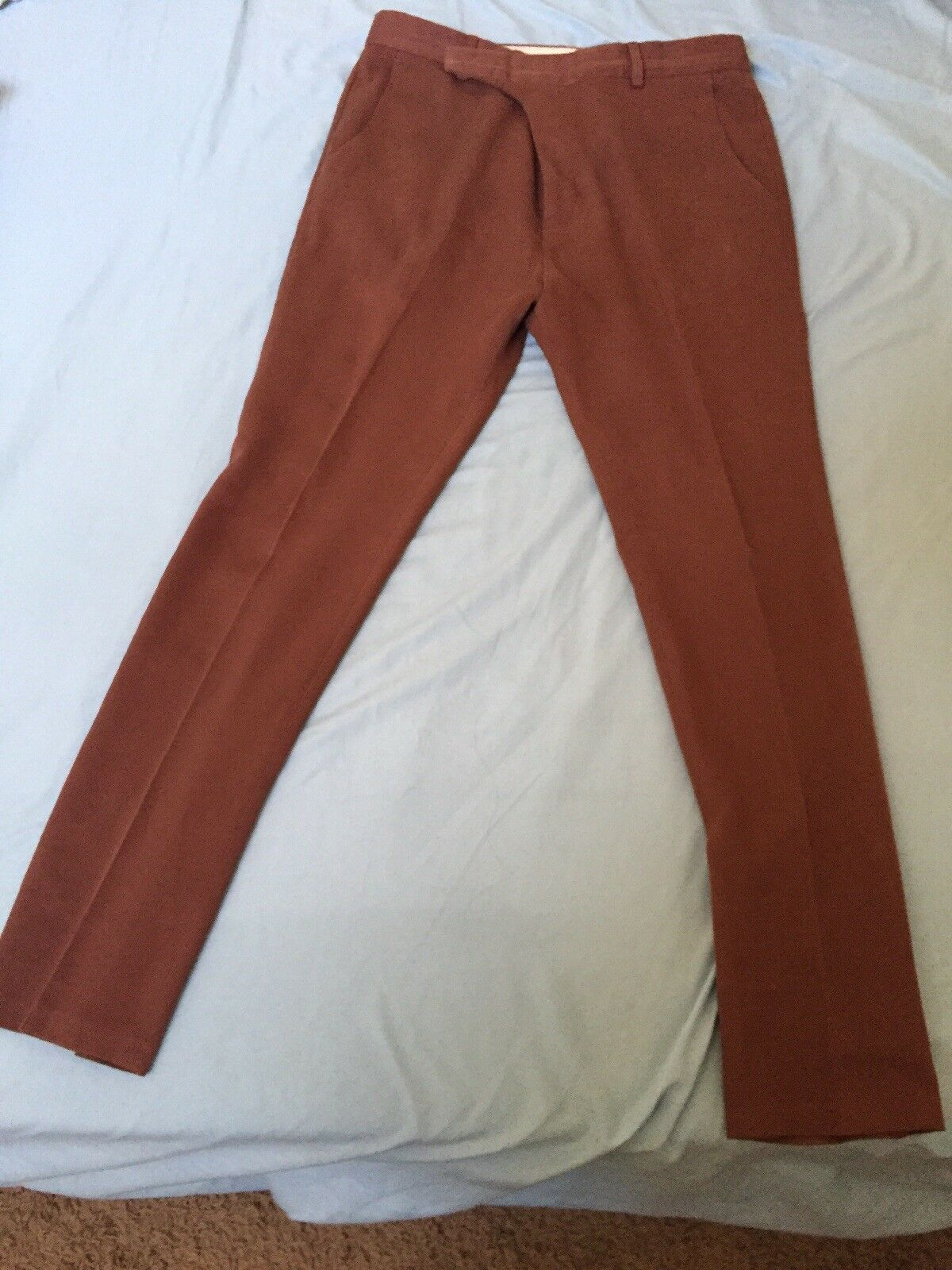 PAUL SMITH SIZE 34 X 31 SLIM FLAT FRONT CASUAL TROUSERS. RUST.