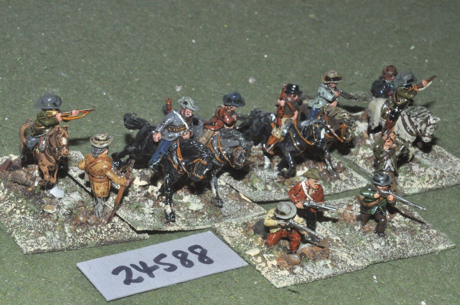 25mm colonial   boers - mounted & dismounted 12 figures - cav (24588)