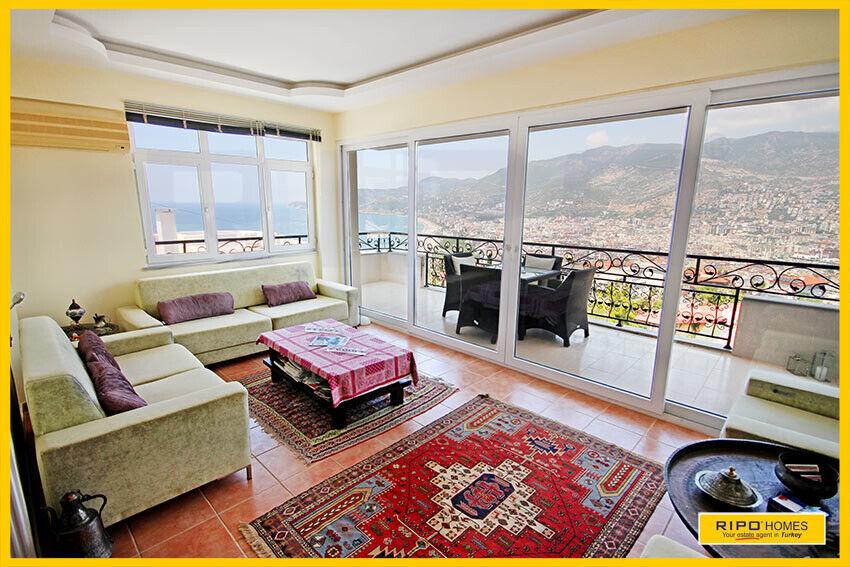 Alanya - Flot lejlighed med skøn udsigt over Kl...