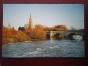POSTCARD-B10-BUCKINGHAMSHIRE-OLNEY-CHURCH-AND-THE-RIVER-OUSE