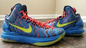 46a70dc0ae07 Nike Zoom KD 5 Christmas 8 Bit Art Chilling Red Hyper Blue 554988 ...