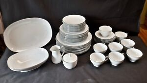 Noritake-Whitebrook-6441-Place-Settings-for-8-Complete-Set-of-45-Pieces