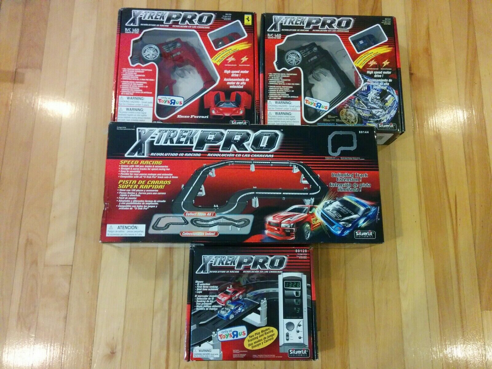 BRAND NY SEALD silverlit X-Trek Pro Revolution Race Race Car Racing Paket